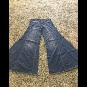 FREE PEOPLE VINTAGE EXTREME FLARE WIDE LEG JEANS